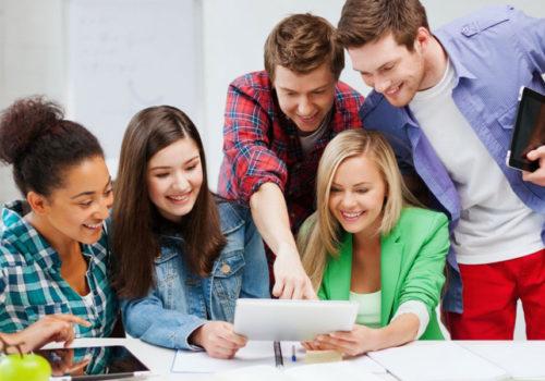 Школьный квест для учащихся 9, 10, 11 классов — командный поиск спрятанного сюрприза в школе или дома